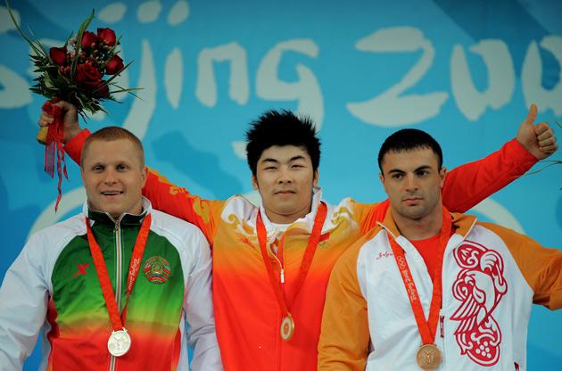 图文-[奥运]男子举重85公斤级 中国小伙陆永最帅