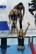 图文-女子4x100米自由泳接力 荷兰姑娘欣喜若狂