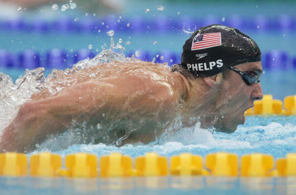 图文-菲尔普斯200米蝶泳夺冠 菲尔普斯水中猛兽