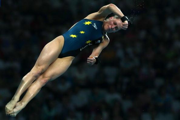 图文-女子10米跳台20日赛况 澳洲选手空中转体