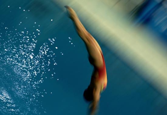 图文-北京奥运跳水赛经典瞬间 奥蒂斯入水如梦幻