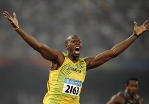 博尔特再创奇迹打破200米世界纪录成就双冠王!