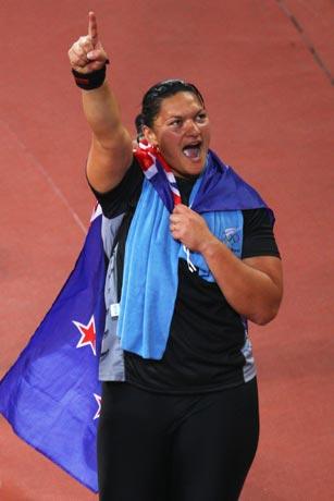 图文-田径女子铅球决战 冠军让维莉更为自信