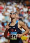 图文-奥运会男子400米预赛 瓦里纳小组赛中获胜