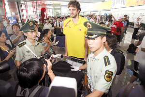 加索尔率西班牙男篮抵京 期待奥运赛场和姚明交手