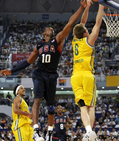 图文-美国男篮VS澳大利亚热身赛 挡不住的灌篮