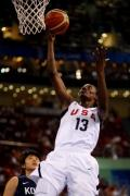 图文-奥运会19日女篮比赛赛场战况 轻松上篮