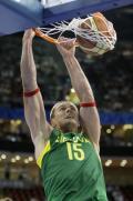 图文-西班牙男篮胜立陶宛进决赛 大力扣篮不可阻