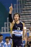 图文-男篮阿根廷87-75立陶宛 诺西奥尼在比赛中