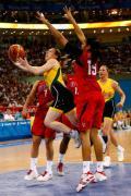 图文-女子篮球精彩瞬间回顾 澳洲姑娘难破美国关