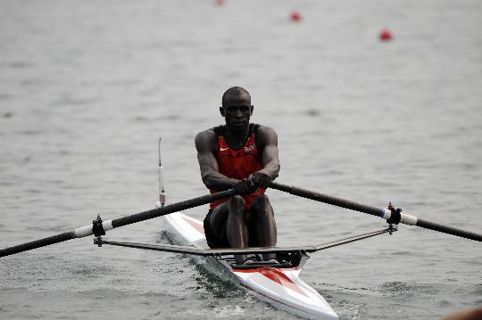 男子单人双桨预赛