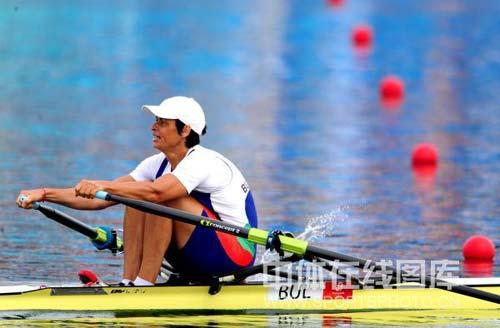 图文-赛艇女子单人双桨奈科娃夺冠 努力终成正果