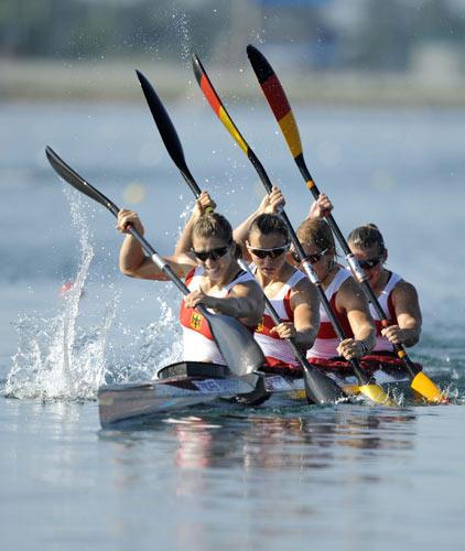 图文-皮划艇静水赛事精彩回顾 德国姑娘向前冲