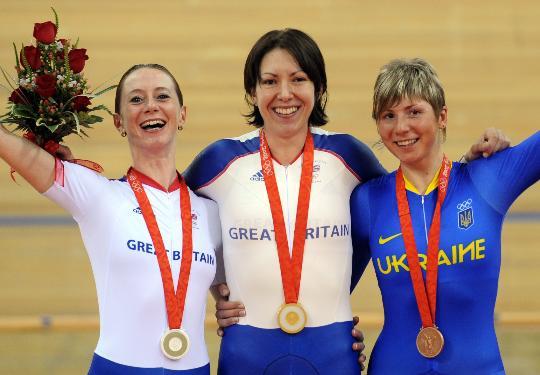 图文-场地自行车女子个人追逐赛决赛 都是一家人