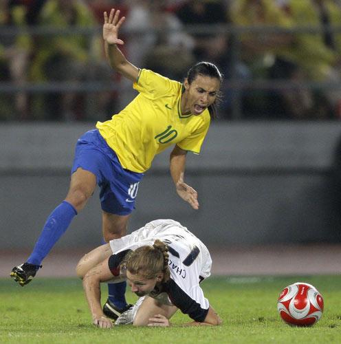 图文-女足决赛美国大战巴西