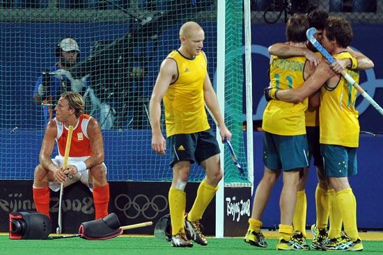 图文-澳大利亚男曲胜荷兰摘铜 两种心情