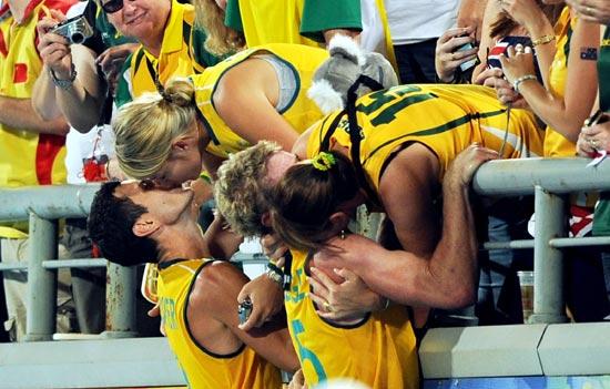 图文-澳大利亚男曲胜荷兰摘铜 有比这更好的礼物吗