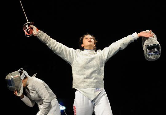 图文-女子佩剑个人赛赛况 胜利者背后必有失败者