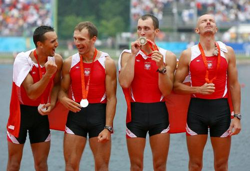 图文-男子轻量级四人单桨决赛赛况 波兰银牌组合