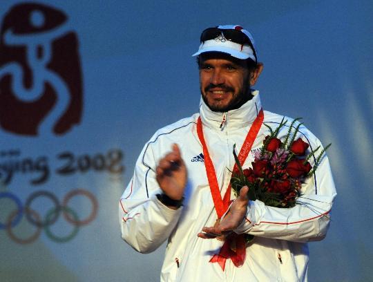 图文-英国选手获芬兰人级冠军 法国选手获得季军