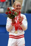 图文-奥运网球女子单打决赛 德门蒂耶娃得金牌