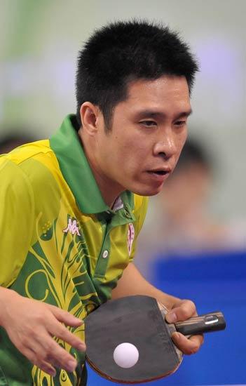 图文-乒乓球男单第二轮开战 香港选手高礼泽