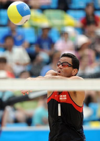 图文-男子沙排巴西战胜格鲁吉亚 雷纳托在比赛中