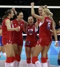 图文-奥运会17日女排小组赛赛况 互相加油鼓劲