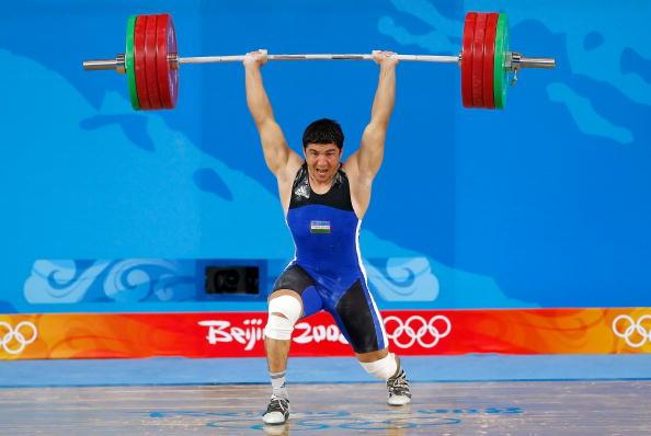 图文-男子举重85公斤级决赛 乌兹别克斯坦成功