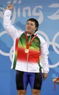 图文-举重男子105公斤级决赛 阿拉姆诺获得金牌
