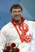 图文-举重男子105公斤级决赛 银牌得主克洛科夫