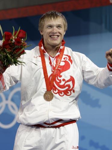 图文-举重男子105公斤级决赛 铜牌也是不错成绩