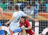 意大利1-1新西兰 斯梅尔茨