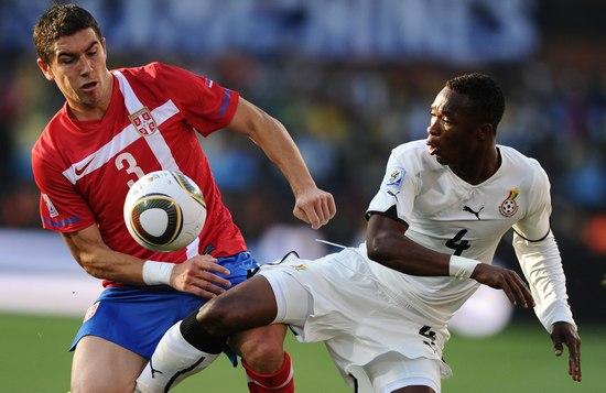 图文-[小组赛]塞尔维亚VS加纳科拉罗夫抢断