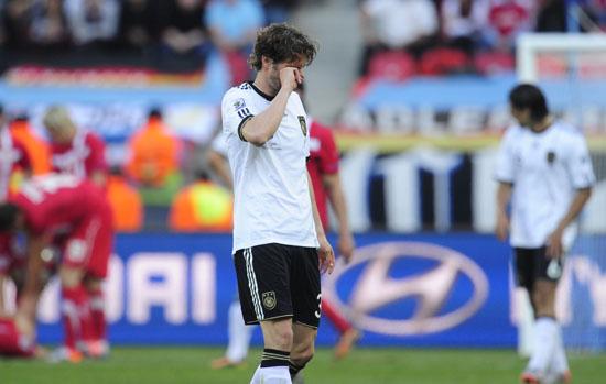 图文-[小组赛]德国0-1塞尔维亚弗雷德里希伤心