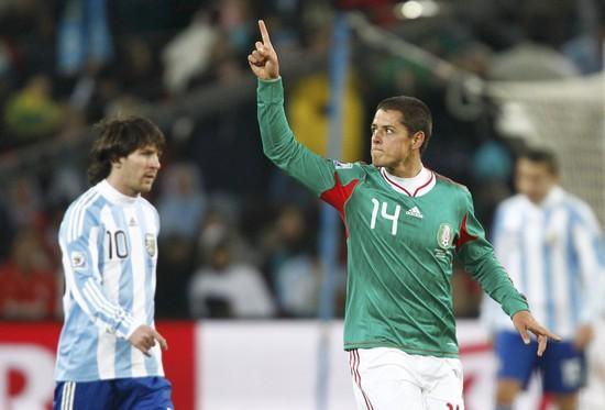 图文-[1/8决赛]阿根廷3-1墨西哥埃尔南德斯不屑