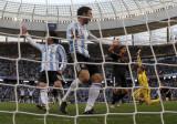 阿根廷越位进球