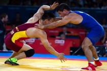 自由式摔跤74kg级张崇瑶无缘8强
