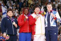 柔道78kg以上级赛佟文获铜牌