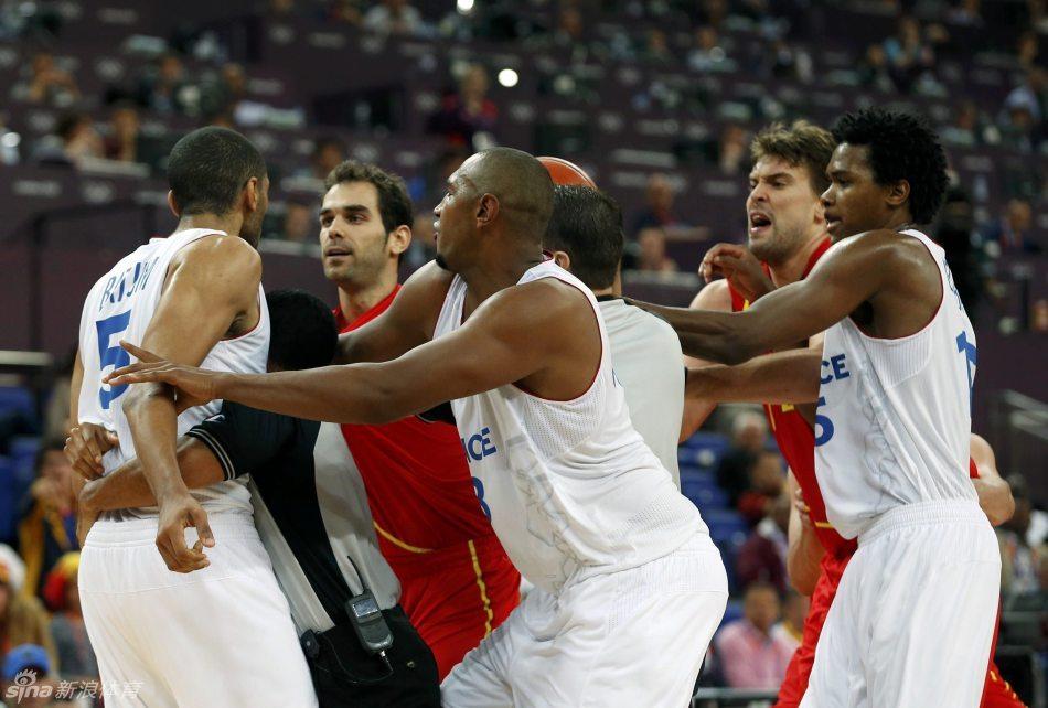 男篮1/4决赛西班牙66-59法国