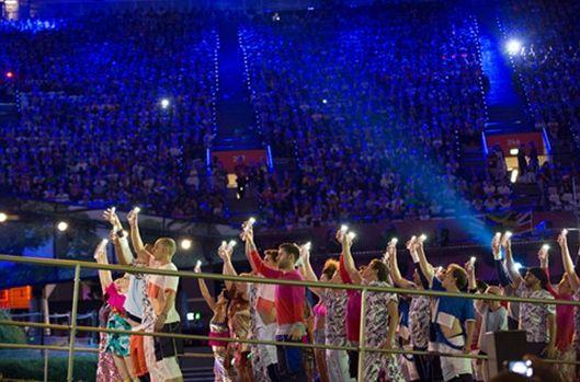 GALAXY S Ⅲ与GALAXY Note被选为开幕式中一段舞蹈表演的助演道具大放异彩
