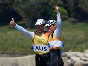 帆船470级男子双人艇澳大利亚队夺金