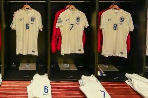 英格兰更衣室一览