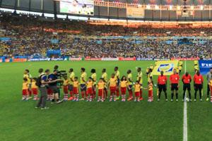 厄瓜多尔队赛前唱国歌
