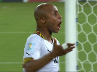 进球视频-加纳经典3角配合 吉安脚后跟阿耶爆射