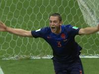 进球视频-送点铁卫头槌补过 范佩西撞卡西引争议