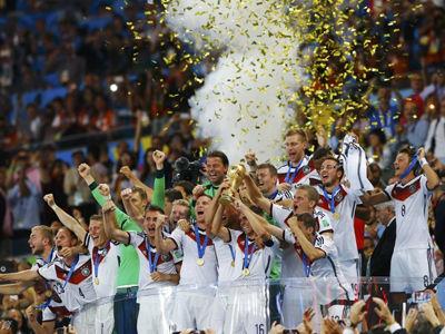 格策加时绝杀德国捧杯