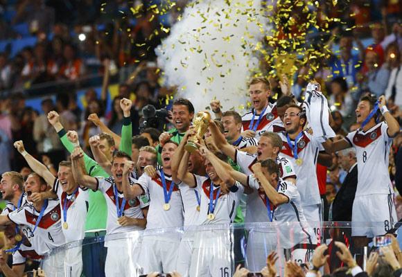 巴西世界杯决赛德国加时1-0战胜阿根廷夺冠