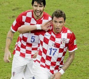 世界杯-曼朱造红牌+两球克罗地亚4-0淘汰喀麦隆