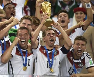 世杯-梅西丢单刀格策加时赛绝杀德国胜阿根廷夺冠